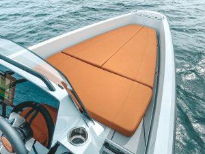 Saxdor 200 acolchado a proa. Foto cortesía de Ideal Boat